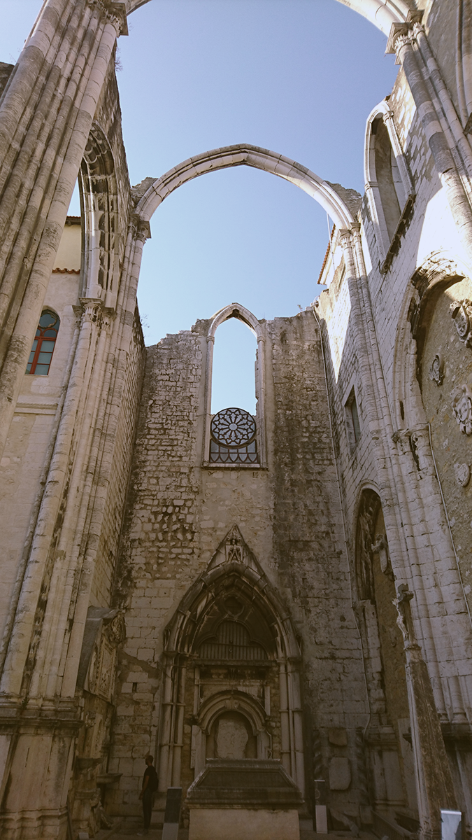 Lisbon 10 Things to do Carmo Convent