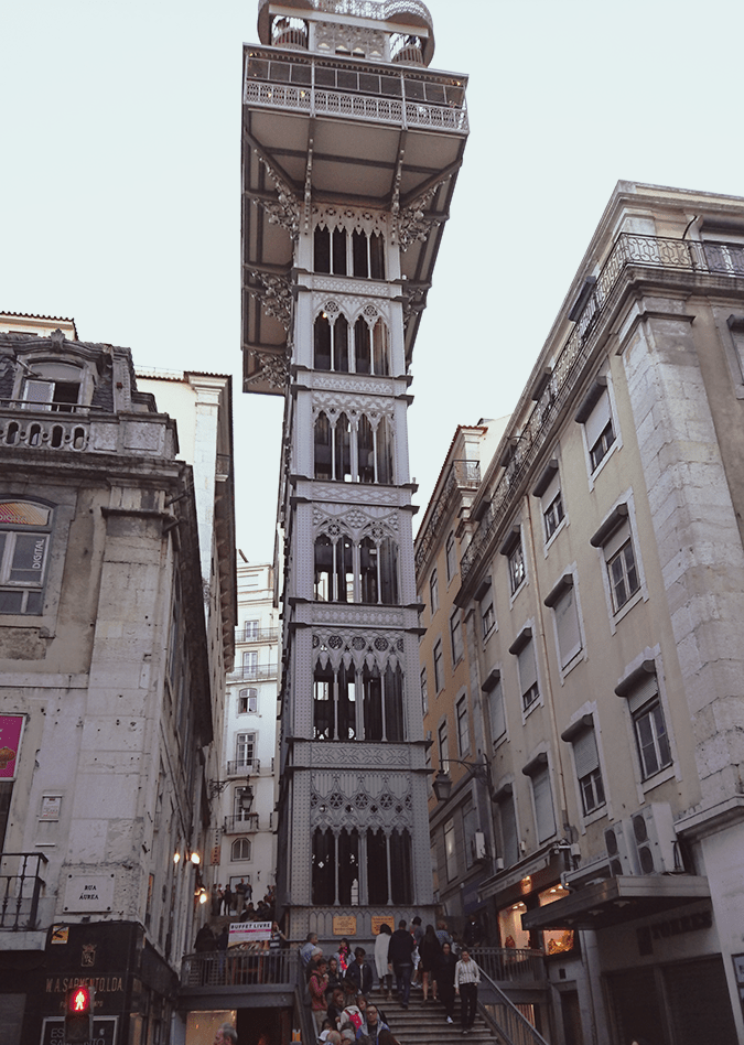Lisbon 10 Things to do Elevator Santa Justa